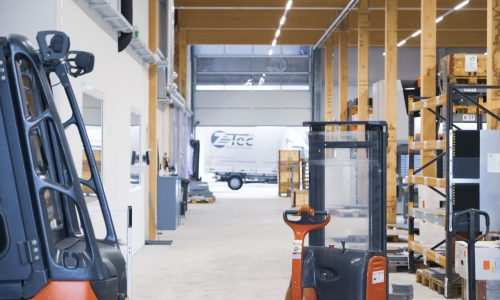 Z-Tec Metallbearbeitung AG Produktionshalle